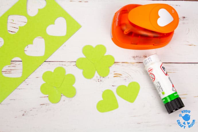 Paper Cup St Patrick's Day Windsock Craft step 3