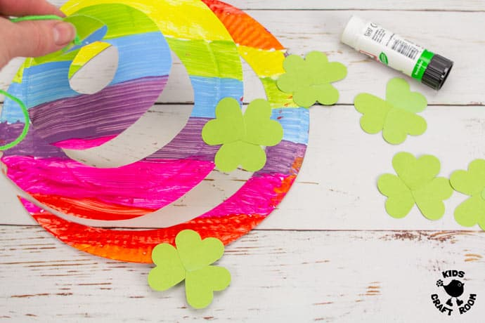 St Patrick's Day Paper Plate Twirler Craft step 4