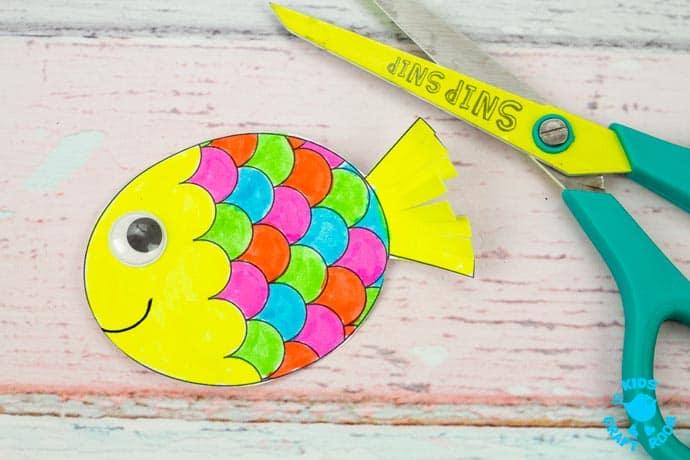 Swimming Fish Craft step 8.