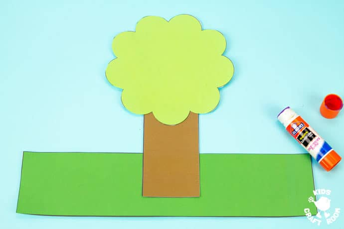 Apple Tree Hat Craft step 2.
