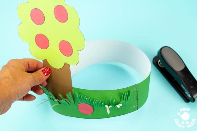 Apple Tree Hat Craft step 7.