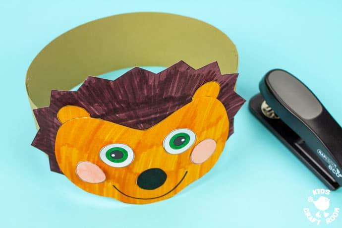 Hedgehog Hat Craft step 8.